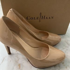 Cole Haan Chelsea Pump Sandstone Size 7